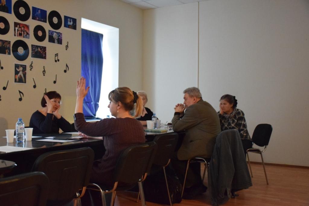 Члены комиссии по топонимике выступили против переименования сквера им. М.Расковой