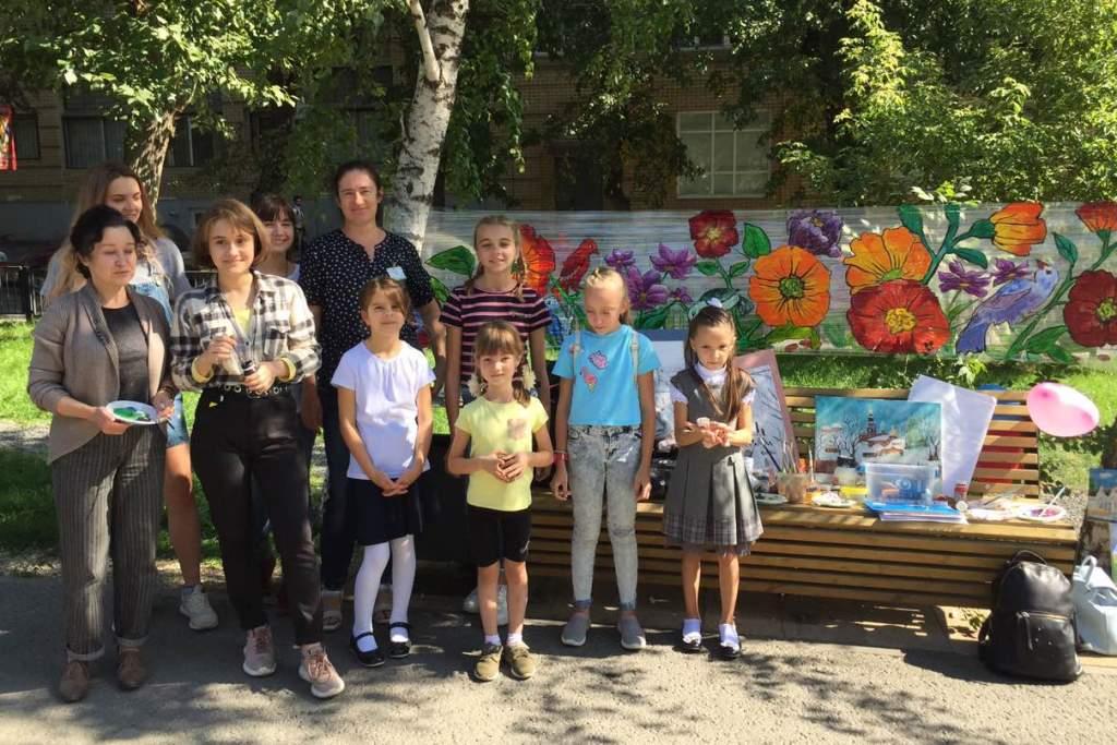 Бульвар по ул. Рахова в Саратове стал творческой площадкой для саратовских художников