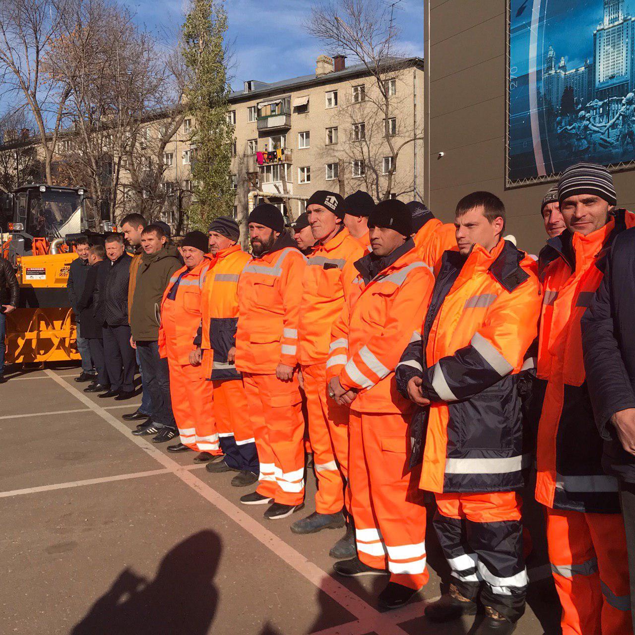 Саратов получил очередную партию коммунальной техники