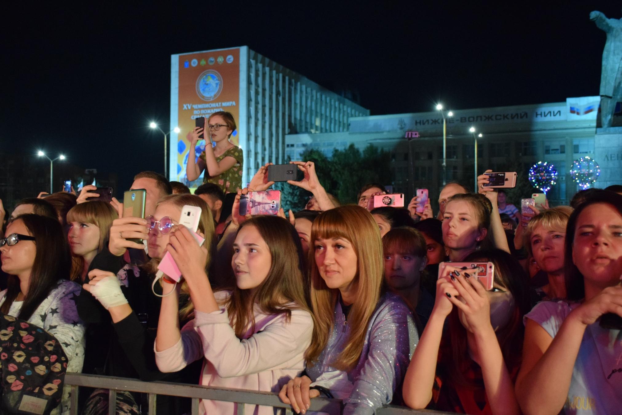 ДЕНЬ ГОРОДА - 2019. Субботний праздничный день завершился фейерверком
