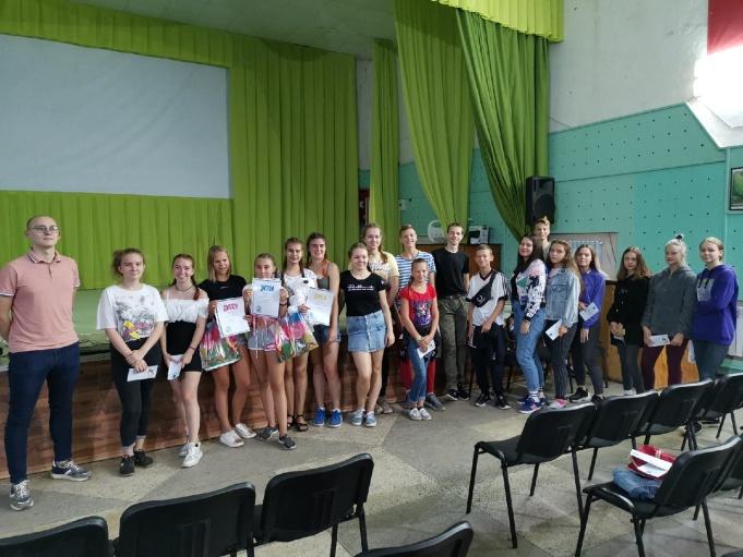 В муниципальном оздоровительно-образовательном центре «Дубки» прошла викторина «Подросток и закон»