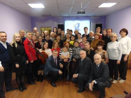 Состоялся музыкально – поэтический вечер, посвященный 20 - летию клуба «Диалог»