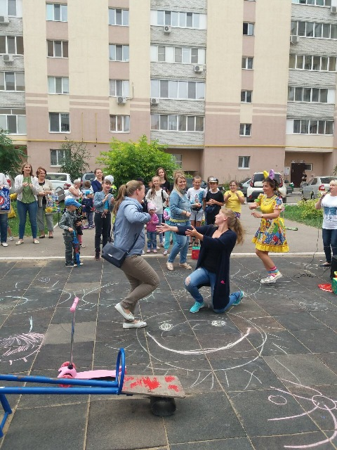 В Заводском районе проходят развлекательные мероприятия