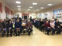 Жители Октябрьского района задали вопросы главе администрации