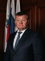 Михаил Исаев о проекте по ремонту тротуаров: «Разыграно аукционов на сумму порядка 300 миллионов рублей»