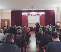 В Кировском районе прошла встреча главы администрации района жителями
