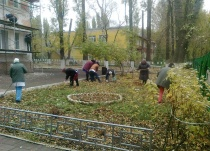 В Ленинском районе организован санитарный день с участием организаций всех форм собственности