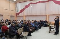 Жители Кировского района озвучили наиболее значимые для микрорайона вопросы