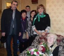 Саратовский ветеран празднует 100-летний юбилей