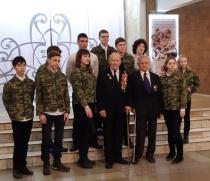 Глава Ленинского района Лада Мокроусова вручила ветеранам ВОВ и труженикам юбилейные медали