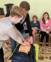 В муниципальных дошкольных общеобразовательных учреждениях Октябрьского района прошли семинары-тренинги по современным стандартам оказания первой помощи пострадавшим